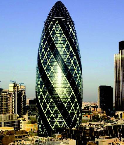 Gherkin The Oval Egg Of London Engineering Design - London-gherkin-an-unusual-eggshaped-building