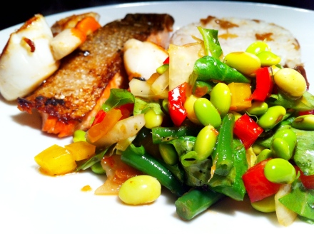 Chinese rainbow salad with seared salmon and scallops